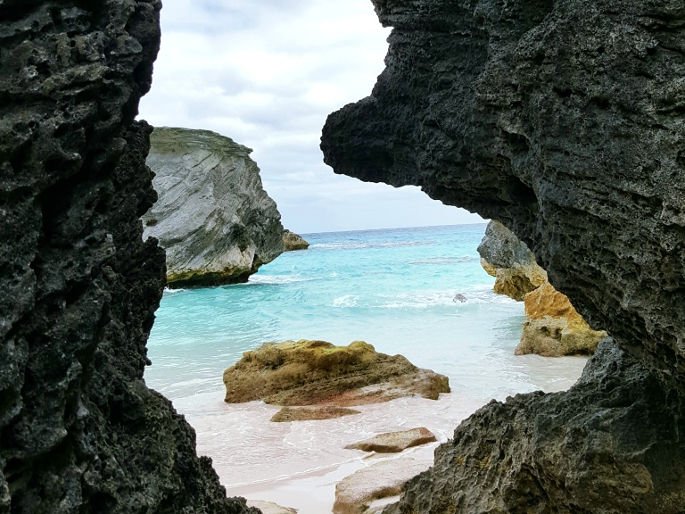 bermuda_rocks-view